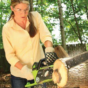 GreenWorks 40V battery chainsaw