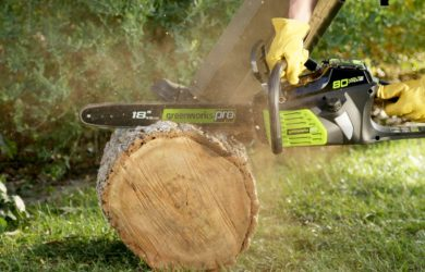 GreenWorks 80V battery chainsaw